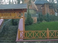 Kaizer Hotel