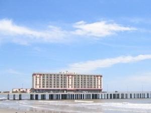 Master Hosts Resorts Galveston
