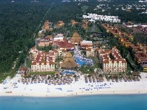 Sandos Playacar Beach Resort A