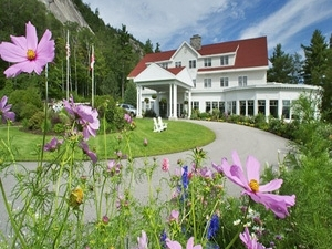 White Mountain Hotel And Resor