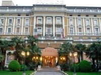 Palace And Schloss Maur Hotel