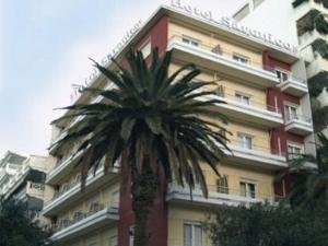 Saronicos Hotel