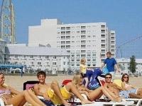 Cedar Point S Hotel Breakers