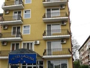 Laguna Albastra Hotel