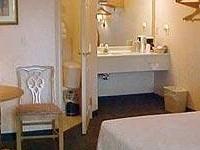 Our Guest Inn & Suites Downtown Port Clinton