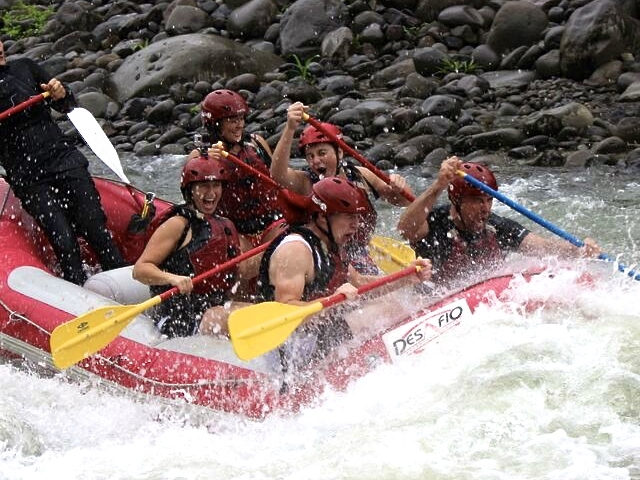 White Water Rafting in Costa Rica Photos