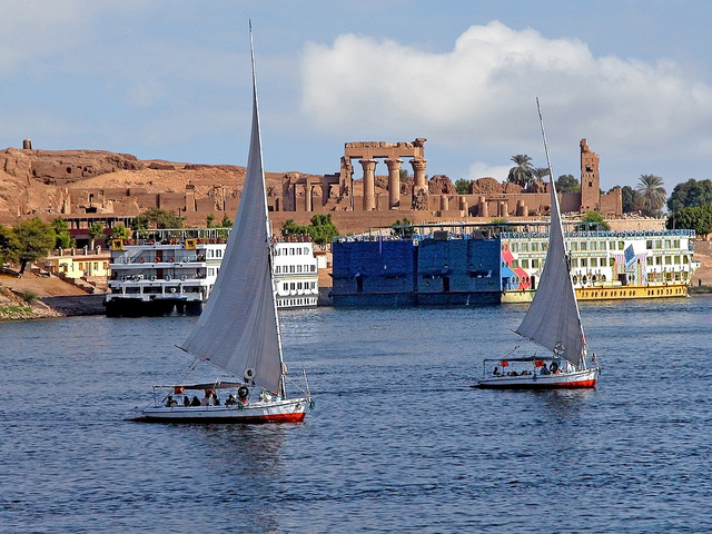 Nile Cruise from Luxor to Aswan Photos