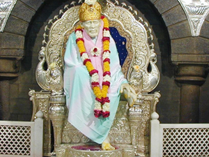 Pune Shirdi Shani Shingnapur Car/Taxi Rental Service Photos