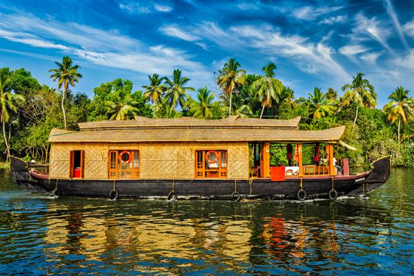 Beautiful Kerala Tour with Houseboat Photos