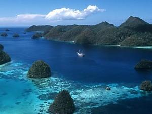 Explore the Last Paradise on Earth, Raja Ampat - Papua Photos