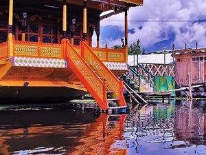 Beauty of Kashmir with Ladakh Tour 9N/10D Photos