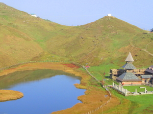 Prashar Lake Trek : 2D/1N (Mandi/HP/India) Photos