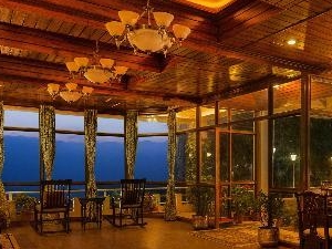 Winter Packages starting @ INR 9,300/- (Deluxe Property - 03 Star or Similar). Photos