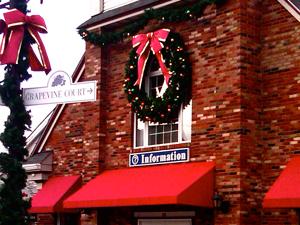 Passeio de Compras ao Woodbury Common Centro Outlet New York Photos