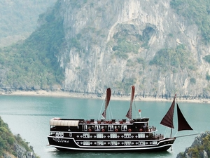 Halong Bay Excursion With Paloma Cruise