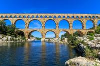 Avignon, Les Baux de Provence and Chateauneuf-du-Pape Day Trip from Aix-en-Provence Photos