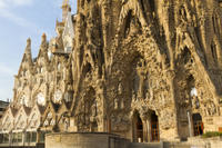 Barcelona Super Saver: Skip-the-Line La Sagrada Familia Tour plus Artistic Barcelona Tour Photos