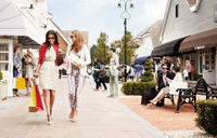 Bicester Village Shopping Trip from London: Gift Card, Lunch and VIP Discounts Photos