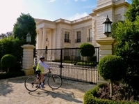 Celebrity Homes and Movie Sites Bike Tour from Anaheim Photos
