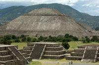 Experience Mexico City: Teotihuacan Pyramids by Metro and Dinner with a Local Family Photos