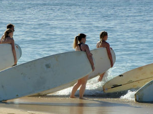 Oahu Surfing or Stand-Up Paddleboarding Lessons Photos
