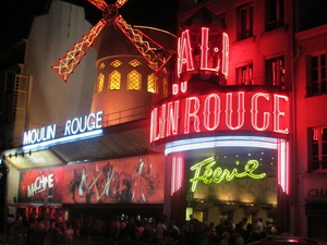 Moulin Rouge Paris Dinner and Show Photos