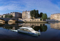 Paris Electric Boat Seine River Cruise: Medieval Architecture Then and Now Photos