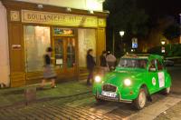Private Tour: Vintage 2CV Round-Trip Transfer to the Lido de Paris Photos