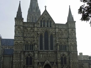 Small-Group Day Trip to Salisbury, Stonehenge and Avebury from London Photos