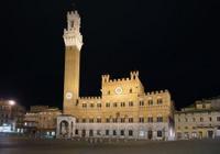 Small-Group Siena by Night Tour Including Italian Dinner Photos