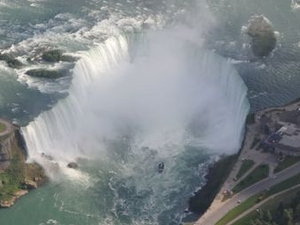 Niagara Falls and Winery Helicopter Tour Photos