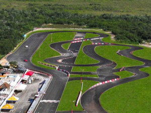 Race Car Driving Experience at Cancun Speedway Photos