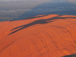 Ayers Rock Helicopter Tour to Uluru, Kata Tjuta & Lake Amadeus: 55-minute flight Photos