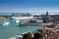 Venice Shared Departure Transfer: Central Venice to Marittima Cruise Port Photos