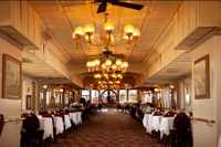Viator Exclusive: Steamboat Natchez Dinner Cruise with Private Boat and Engine Room Tour