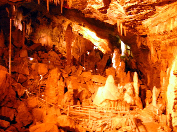 Lewisburg (WV) United States  city pictures gallery : Lost World Caverns, Lewisburg, United States Tourist Information
