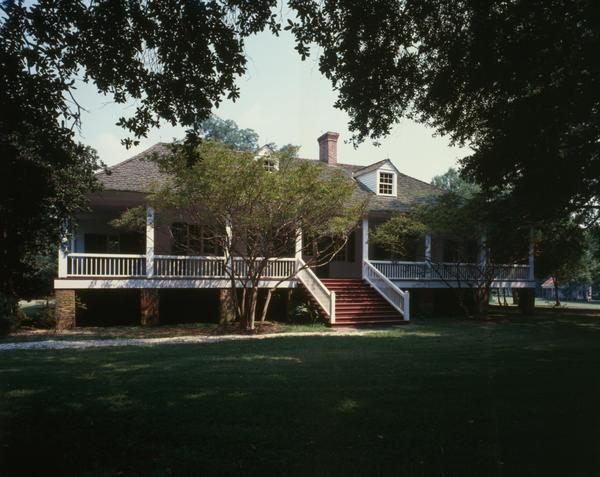 Plantation Tours Near Baton Rouge