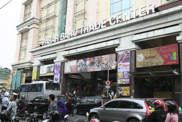 Pasar Baru Trade Center, Bandung, West Java Indonesia Tourist ...