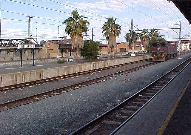 De Aar South Africa  city photo : De Aar Railway Station, De Aar, South Africa Tourist Information