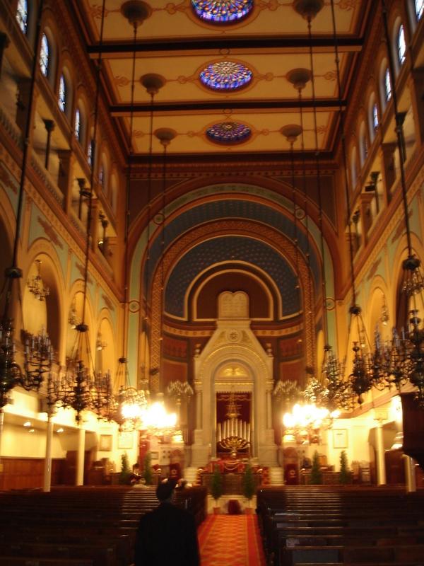 Synagogue De Nazareth Paris France Tourist Information