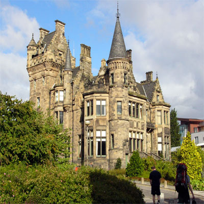 attractions activities edinburgh scotland